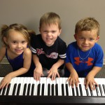 WILL & FRIENDS EXPLORE THE PIANO.